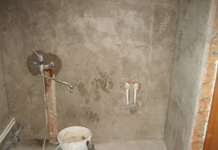 Фактурная штукатурка в ванной своими руками