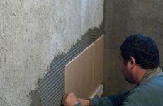 Укладка керамической плитки на стены. Пошаговое руководство