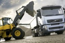 Как организовывать вывоз строительного мусора