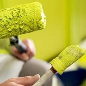 Удаление старой покраски со стен