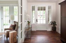 Выбор цвета и правильная эксплуатация межкомнатной двери