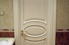 Как подобрать двери в ванную комнату