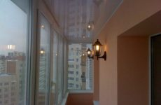 Утепление и отделка потолка на балконе
