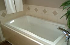 Как дать вторую жизнь своей ванне