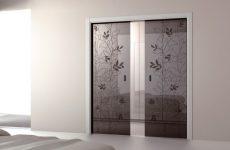 Стеклянные межкомнатные двери для вашего дома