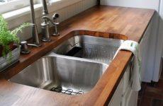 Преимущества и недостатки материалов для столешниц на кухню