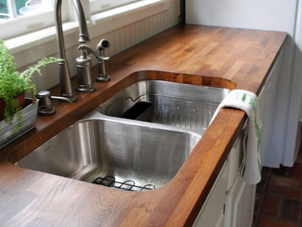 Столешница на кухне