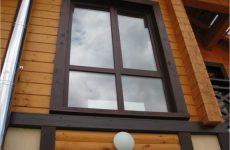 Как осуществляется отделка окон в деревянном доме