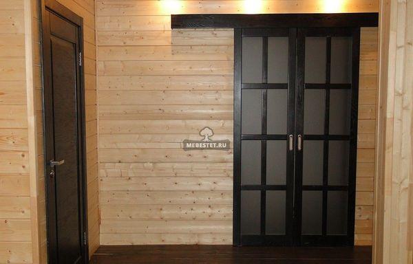 Купить деревянные двери из массива сосны в Москве от