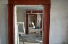 Варианты усиления дверного проёма в помещении