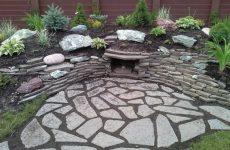 Камень песчаник в отделке и ландшафте