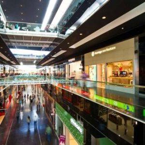 Особенности освещения складских и торговых площадей