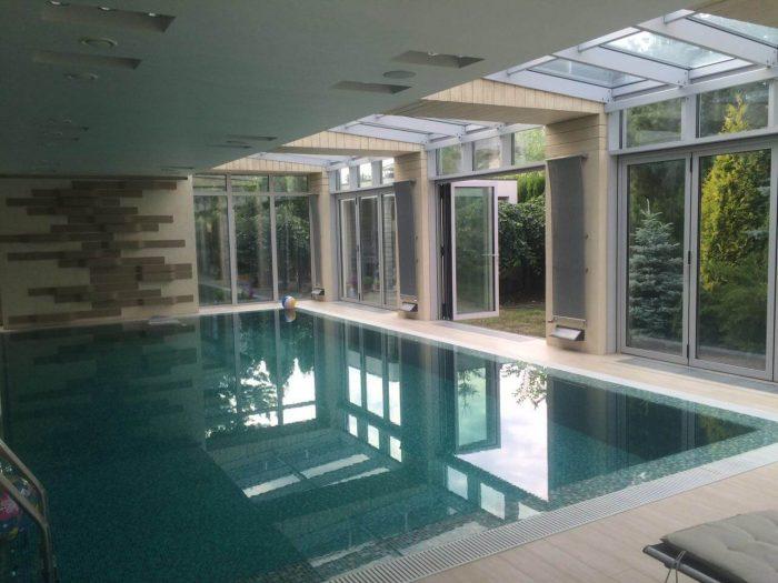 Алюминиевый профиль в стеклоконструкциях бассейна