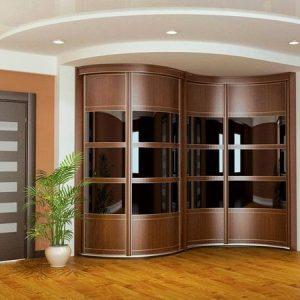 Как обновить фасад встроенного радиусного шкафа? 5 стильных решений