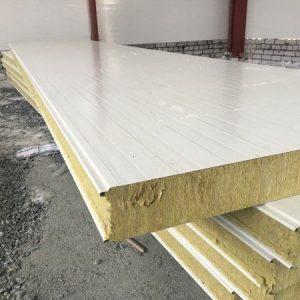 Сэндвич-панели: использование и достоинства строительного материала