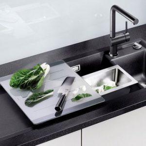 Кухонные мойки: виды, материалы, монтаж изделия