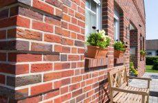 Как выбрать кирпич для строительства и отделки фасада