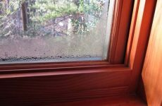 Причины запотевания пластиковых окон изнутри