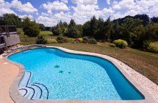 Как выбрать бассейн для загородного участка?