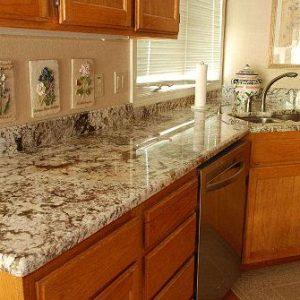 Качественные кухонные столешницы из натурального камня